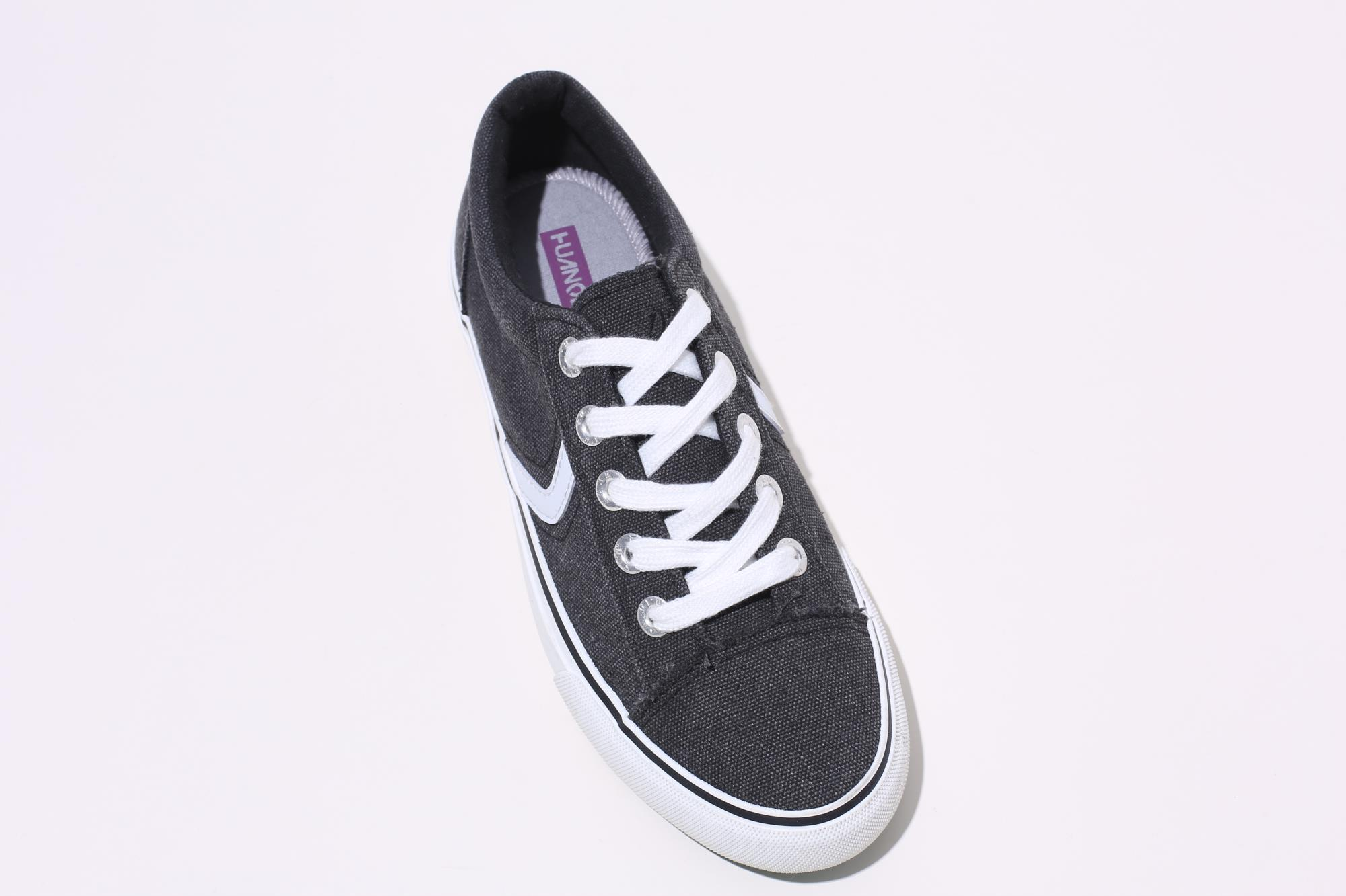 China New High Quality 2020 Canvas Shoe Black Women Casual Canvas Shoes