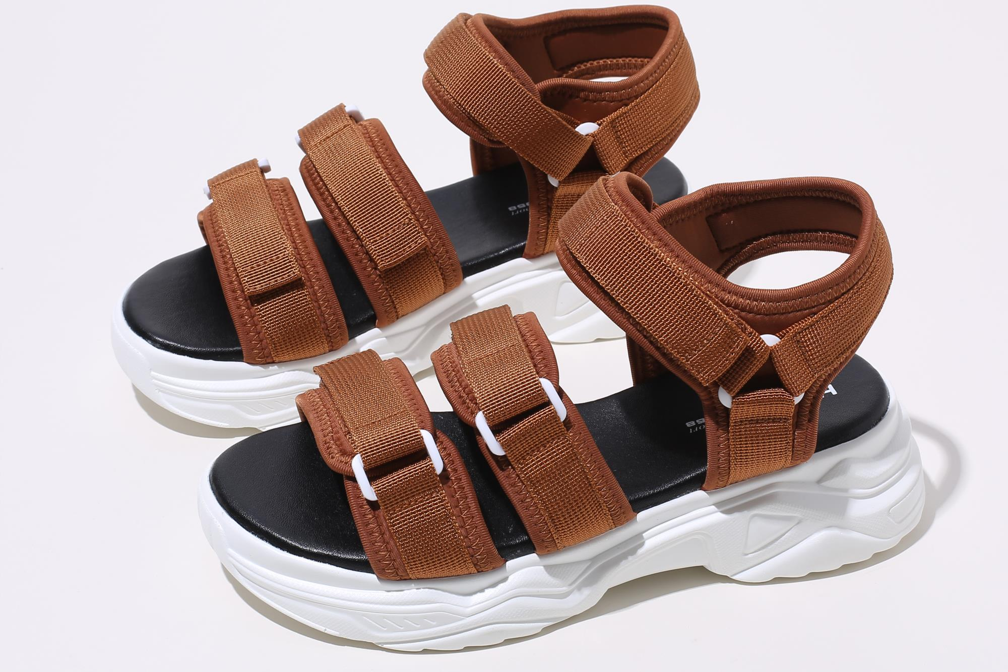 Hot Selling Good Quality New Design Latest Summer Sandals Shoes